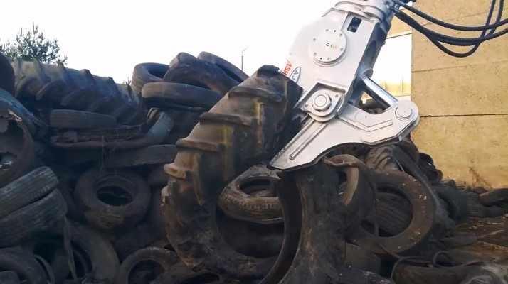 Cisaille découpe pneu AJCE légère - RDS France, spécialiste du matériel TP