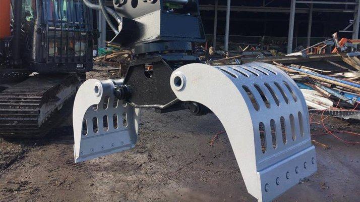 Pince tri démolition AJCE manutention - RDS France, spécialiste du matériel TP