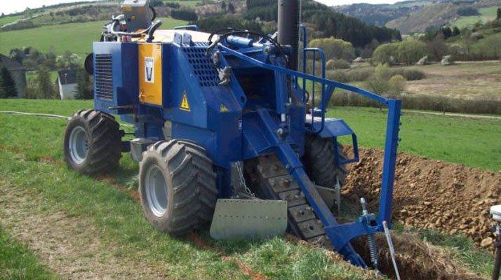 Trancheuse a chaîne Liba GM4 4x4 - RDS France, spécialiste du matériel TP