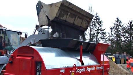 Recycleur d'enrobé Bagela en vidéo : démonstration croûtes et fraisât