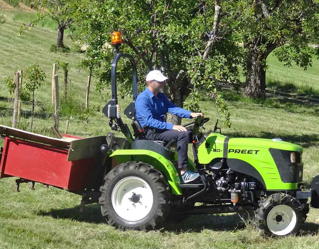 Micro tracteur PREET 20 cv benne