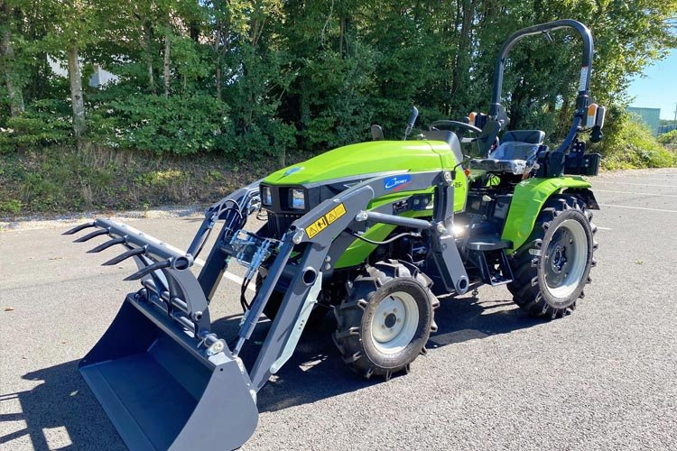 Chargeur frontal Cochet pour micro tracteur Preet