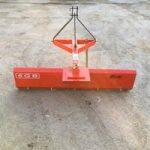 Lame niveleuse - Outils micro tracteur
