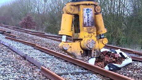 Vidéo cisaille casse rail Pendersons